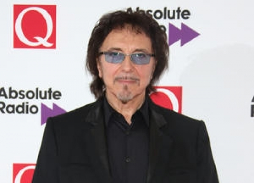 Tony Iommi To Have Surgery To Remove Lump From Throat