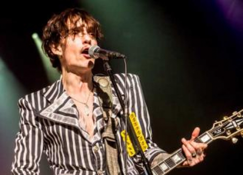 The Darkness Slam Southern Trains On New Song