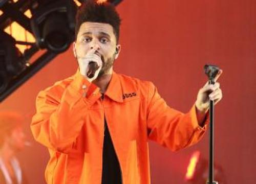 The Weeknd Rushes Back To La To Celebrate Selena Gomez's Birthday