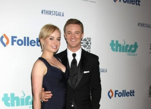 Actor Michael Welch Engaged
