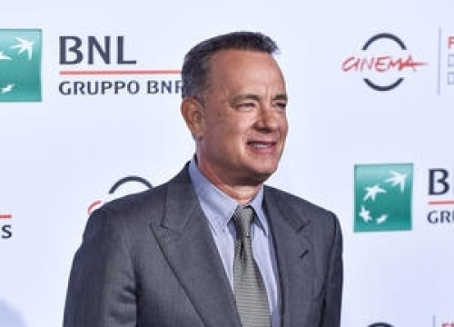 Tom Hanks Takes On Sully Again For Saturday Night Live Sketch