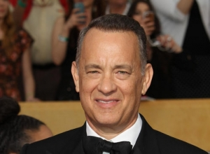 "Tom Hanks Close To Sealing Role As ""Sully"" Sullenberger In Clint Eastwood's New Movie"