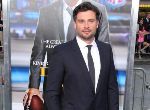 Tom Welling Is Back On The Small Screen For 'Lucifer'