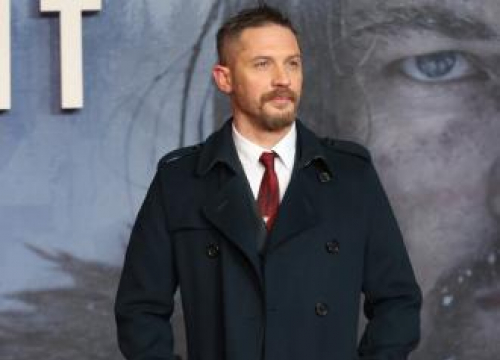 Tom Hardy Makes Dramatic Citizen's Arrest Of Moped Thief