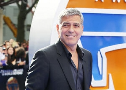 George Clooney: 'Plastic Surgery Isn't An Option For Me'