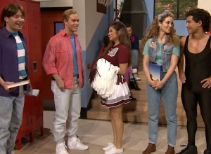 Jimmy Fallon Reunites 'Saved By The Bell' Cast For Hilarious 'Tonight Show' Special [Video]