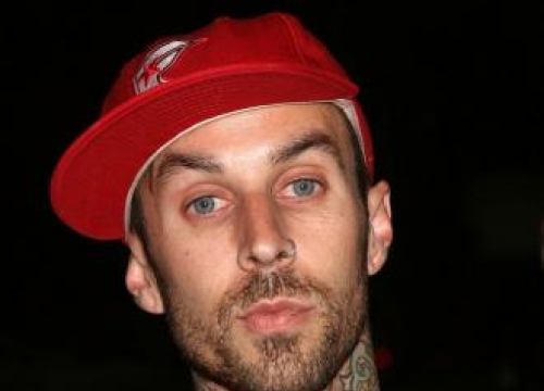 Travis Barker Pays Tribute To Dj Am