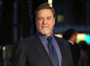 John Goodman Reveals Dramatic Weight Loss At 'Trumbo' UK Premiere