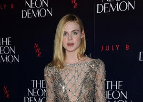 Elle Fanning Putting College On Hold