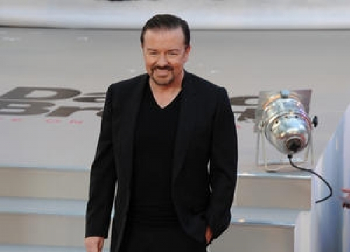 Ricky Gervais Pays No Attention To Bad Reviews