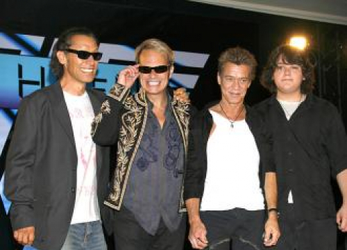 Dave Lee Roth Hints At Van Halen Stage Return