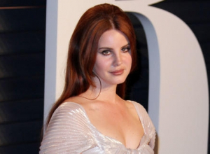 Lana Del Rey Has The World In 'Love' With Her New Single