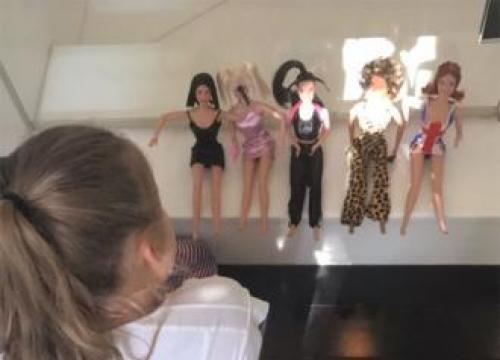 Victoria Beckham Gifts Daughter Spice Girls Doll Set