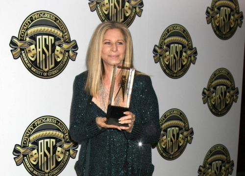 Barbra Streisand: 'Pay Me, And I'll Sing!'