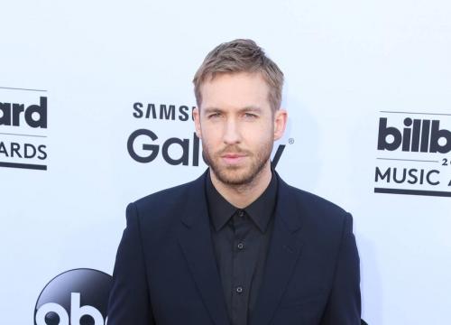 Calvin Harris Snubs Taylor Swift In Vmas Acceptance Speech