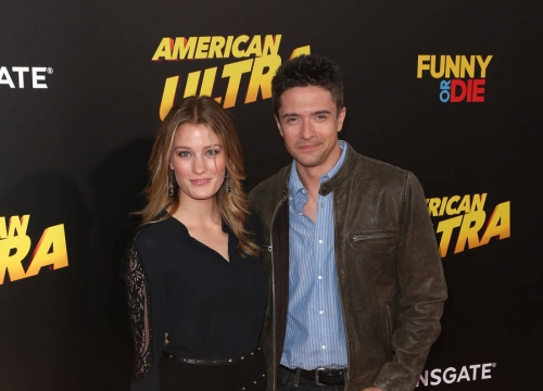 Topher Grace And Ashley Hinshaw 'Tie The Knot'