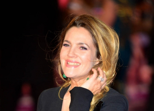 Drew Barrymore Boards Tv Dating Show