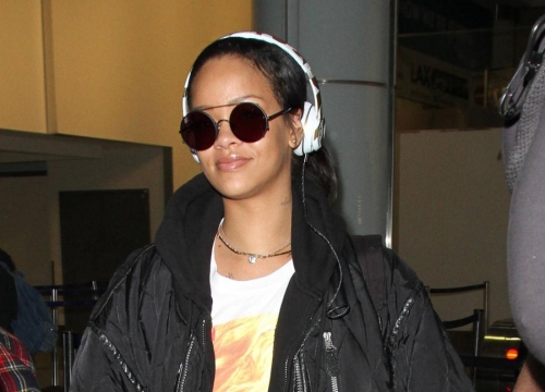 Rihanna Back On Top Of U.s. Albums Chart With Anti