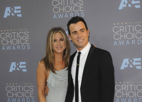 Justin Theroux Opens Up About Wedded Bliss With Jennifer Aniston