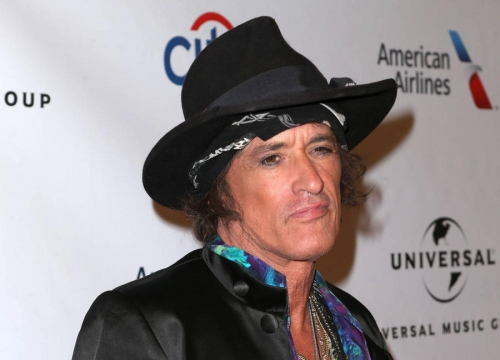 Joe Perry Suffered From 'Dehydration And Exhaustion' - Report