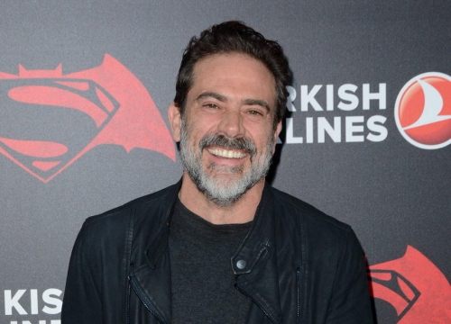 Jeffrey Dean Morgan's Son Terrified Chickens With Negan Act