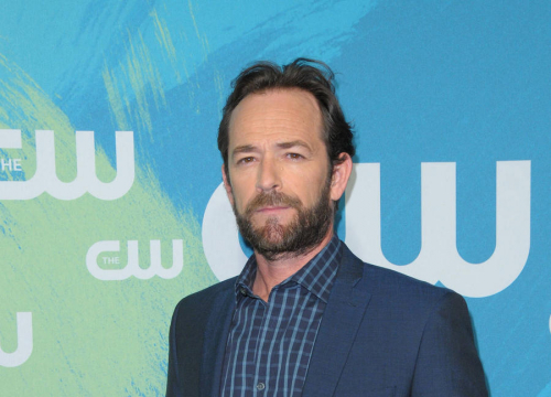 Luke Perry Goes Public With Colon Cancer Scare