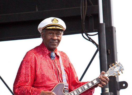 Chuck Berry Back In U.s Top 40 After 40 Years