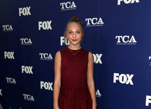 Maddie Ziegler: 'Sia Told Me Not To Fix My Big Teeth'