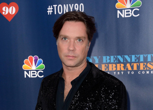 Rufus Wainwright Calling On Fans To Join Him In Cuba