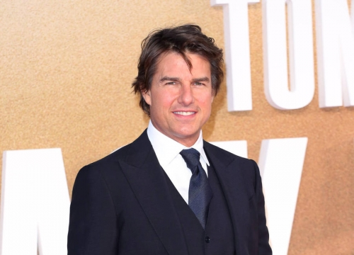 Tom Cruise Reunites With Cuba Gooding, Jr. For Movie Reenactment