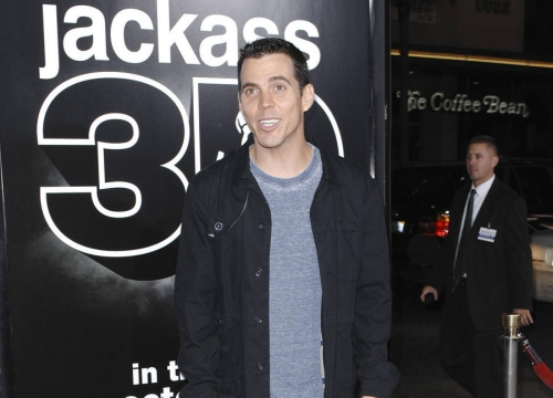 Steve-o Breaks Ankle In Skateboarding Stunt