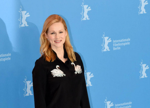 Laura Linney Will Be Back For U.s. Love Actually Sequel