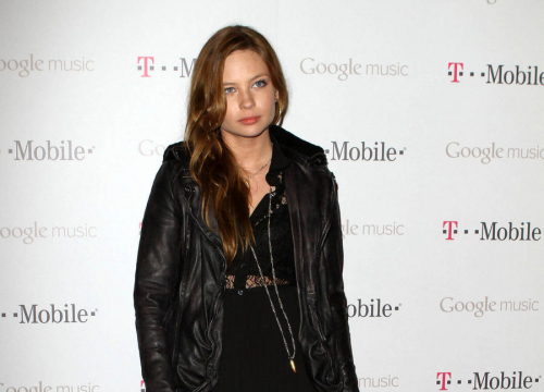 The Ring Star Daveigh Chase Arrested After Rushing Man To Hospital