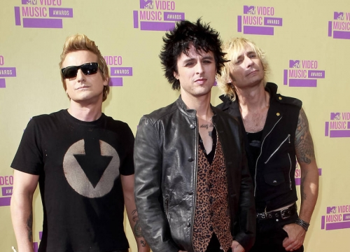 Green Day Set To Release Song About Paris Terror Attacks