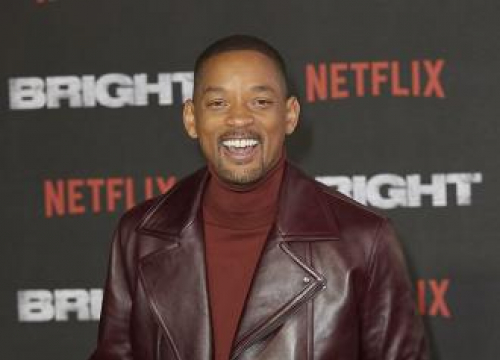 Will Smith Thinks Aladdin Genie Memes Are 'Very Funny'