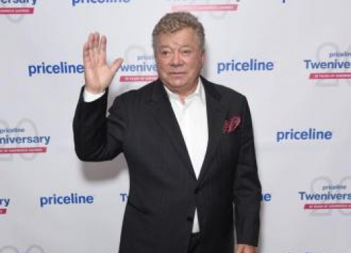 William Shatner Wants Carrie Fisher To Get Walk Of Fame Star