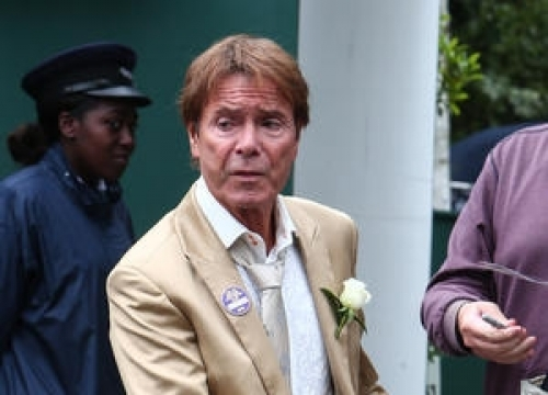 Cliff Richard Facing Review Of Sex Crime Investigation