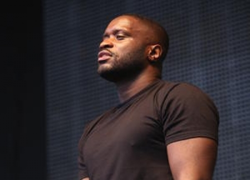 Gatecrashers Break Into U.k. Festival During Lethal Bizzle Show
