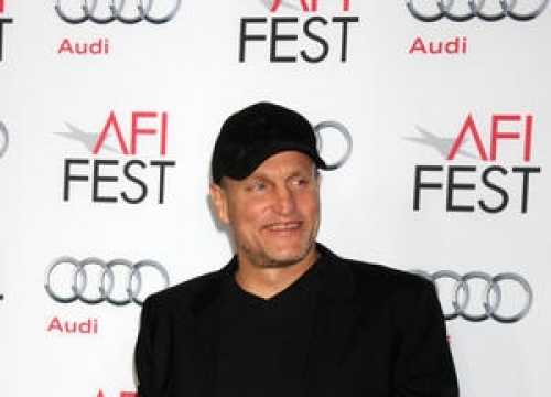 Free-spirited Woody Harrelson Inspires Wilson Castmates To Be Better People