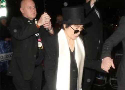Yoko Ono's Album Delayed By Flu