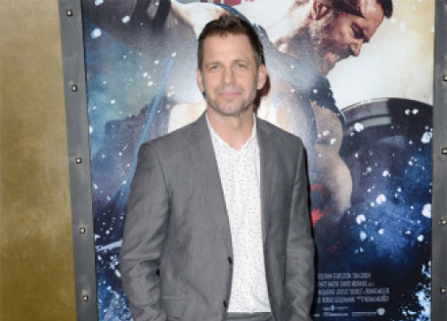 Zack Snyder: Justice League Ends With A 'Massive Cliffhanger'