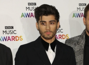 Zayn Malik Signs Solo Record Deal With RCA