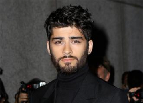 Zayn Malik Had No Bed For 'Six Months' After La Move