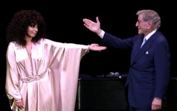 Lady Gaga & Tony Bennett - Anything Goes Video