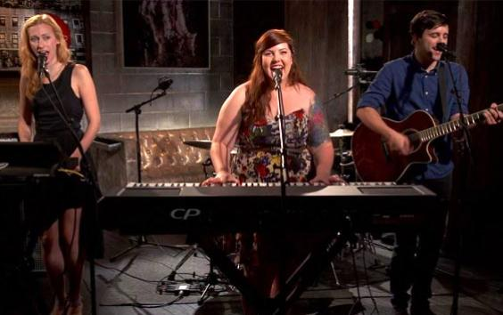 Mary Lambert - Secrets [Live] Video