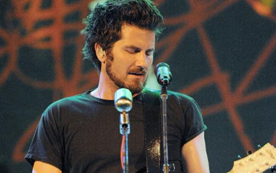 Matt Nathanson Is Putting Smiles On Everyone's Faces With 'Headphones'