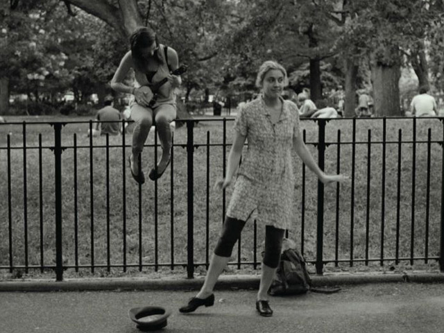 Frances Ha Trailer