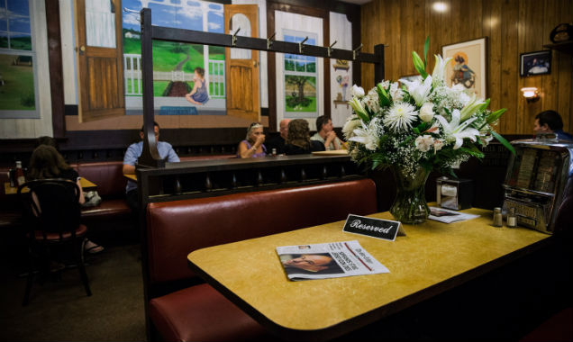 Sopranos ending diner