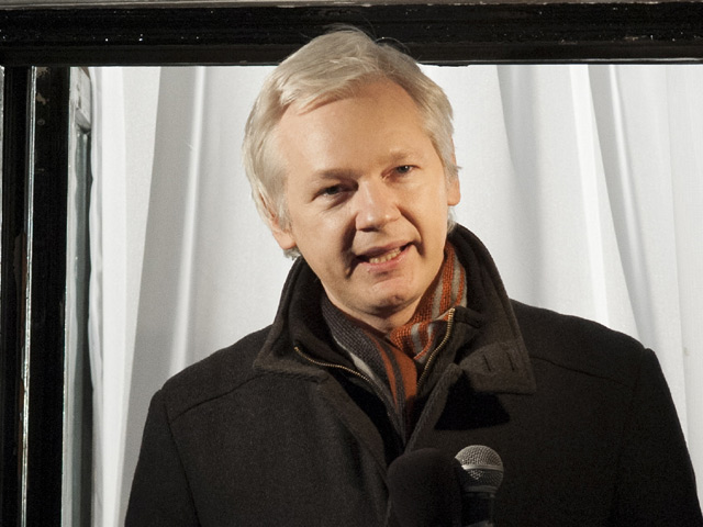 We Steal Secrets: The Story Of Wikileaks Trailer