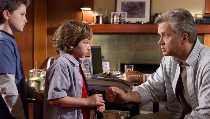 Zathura, A Space Adventure,Trailer And Star Interviews
